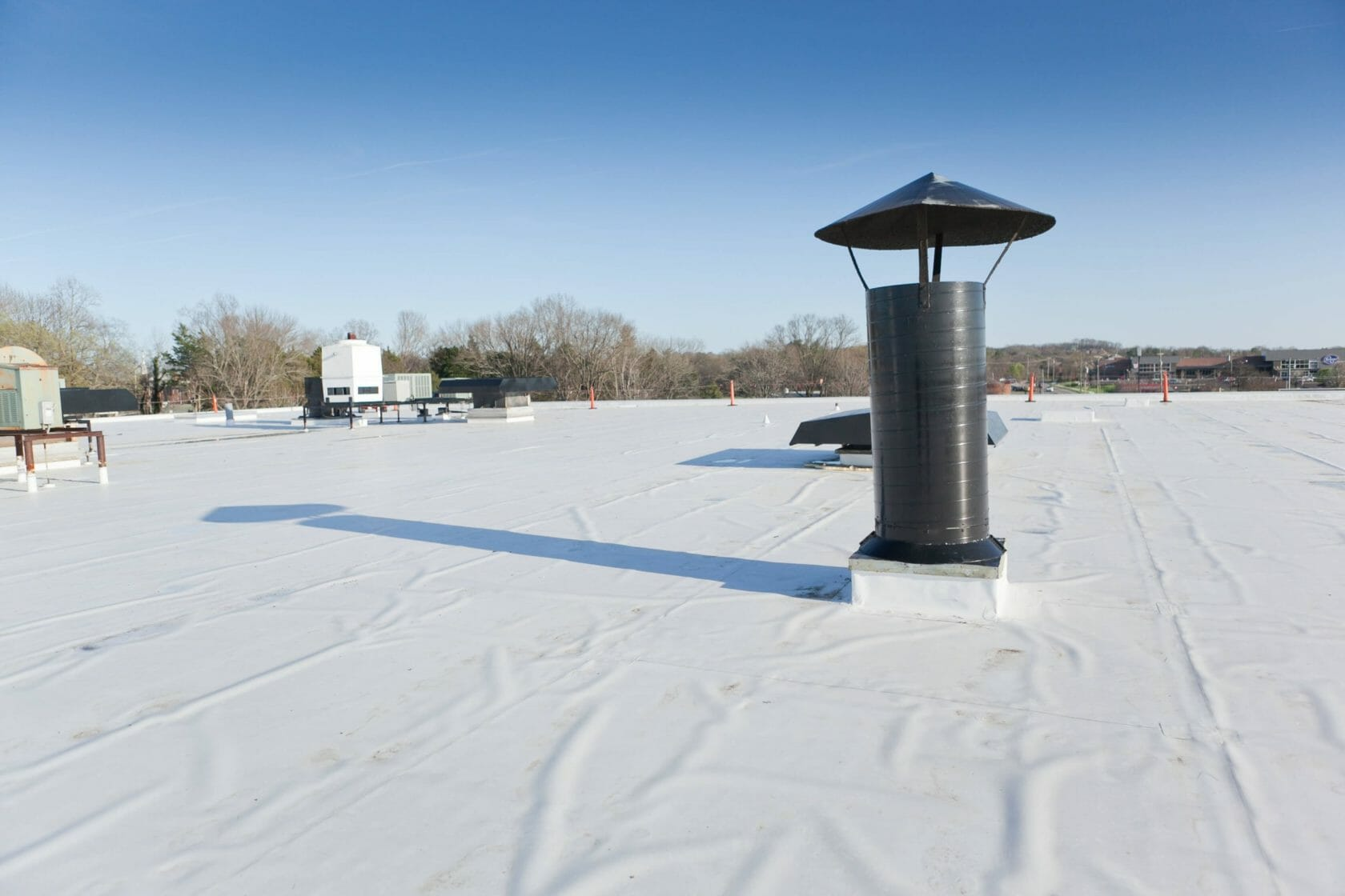 white reflective commerical roof