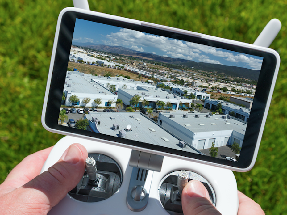drone-inspecting-commercial-roof